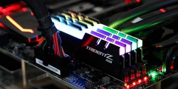 رم و پردازنده اختصاص داده شده را پیکربندی کنید